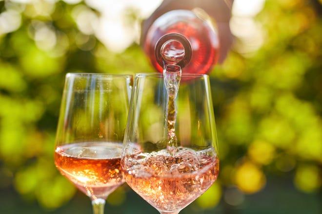 Cantine Sant'agata's Mediterranean style rosé is as elegant as its name: Aura Florum.