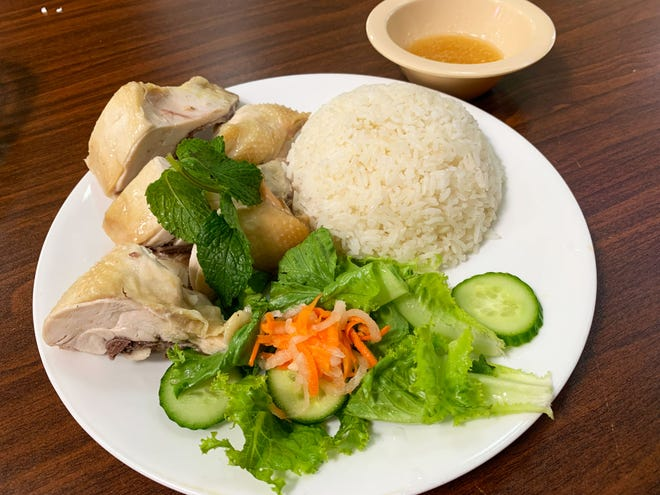 Hainan chicken rice is a boiled chicken dish from China.