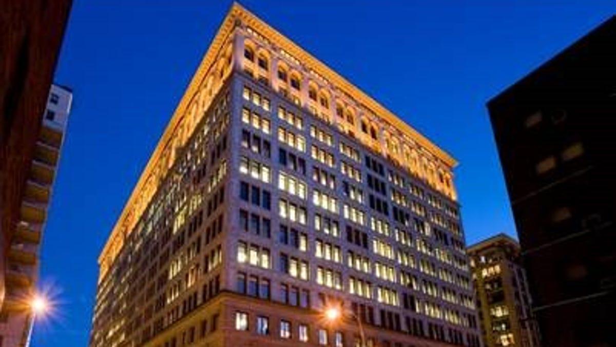 Wegmans announces plans for a Manhattan store