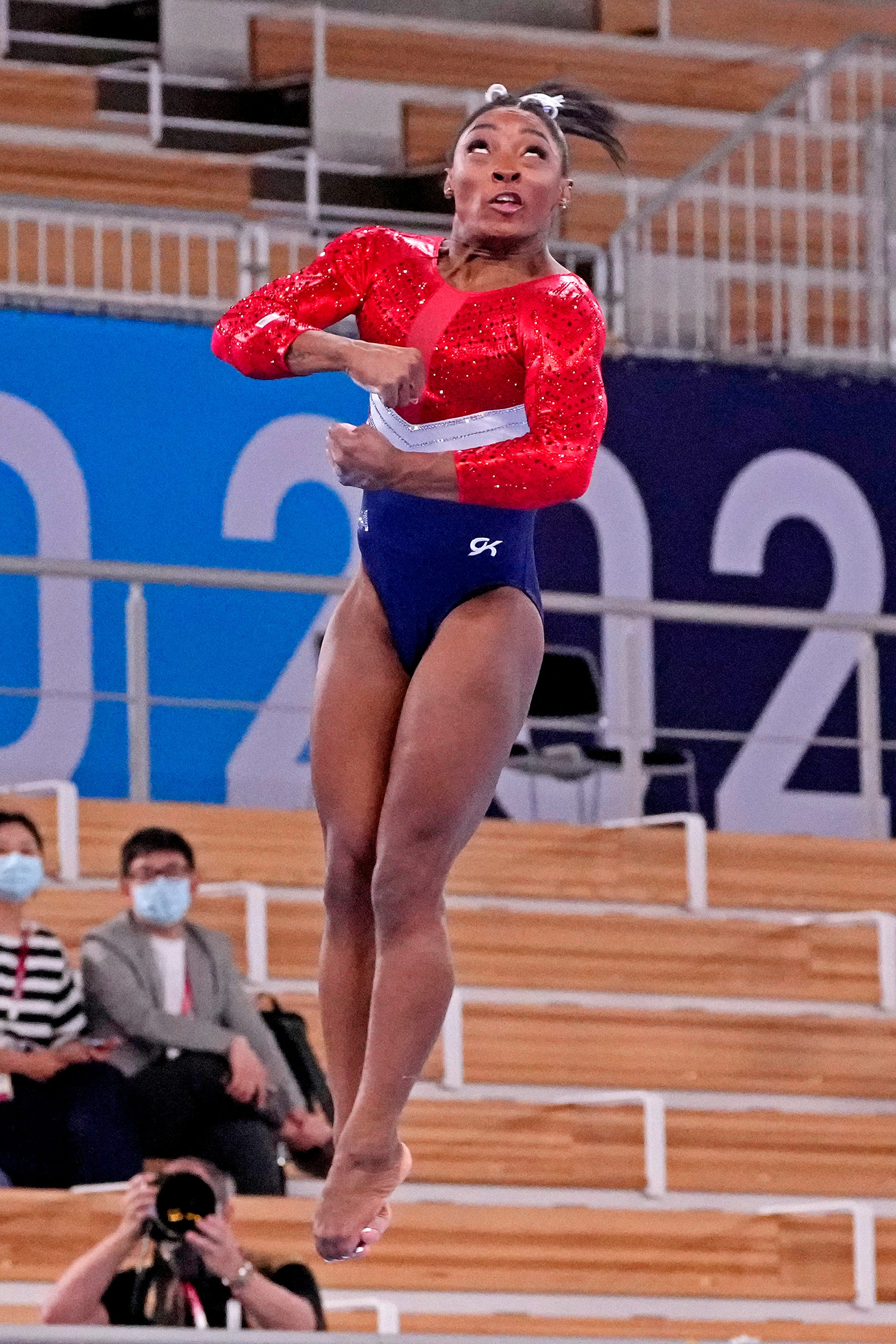 Simone Biles sends tweet thanking public for an  outpouring  of love and support