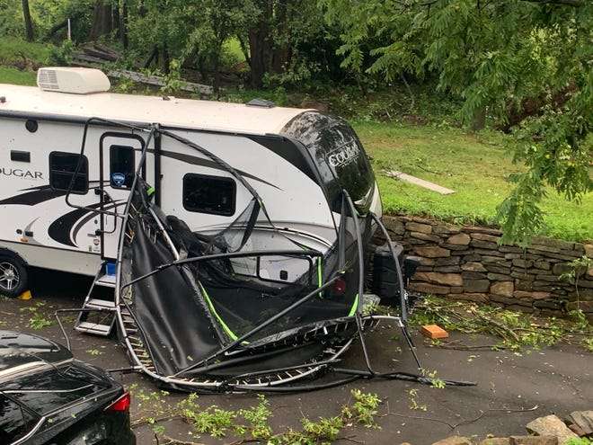 Tornadoes ravage buildings in Bucks County, Pennsylvania;  5 injured