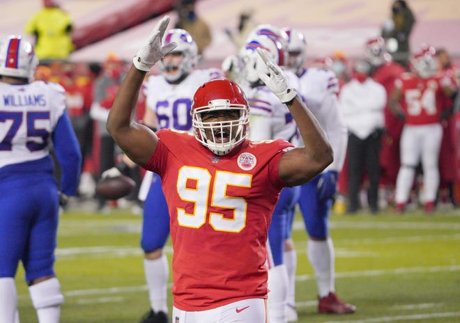 Kansas City Chiefs Pro Bowl tackle Chris Jones (95) added yoga to his offseason routine in order to prepare for a switch to defensive end.