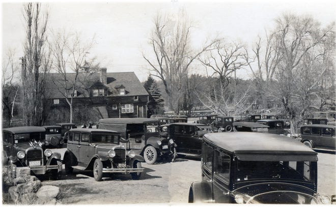 Pictured: Cars lined up in front of the Gate House at The Wayside Inn in the 1930s.