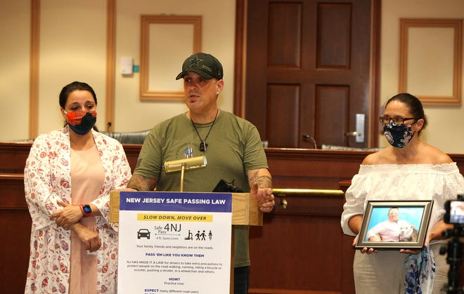 From left, Carla Zanoni (Oscar's sister), Lee Zanoni (Oscar's twin brother) and Wendy Kukowski (Oscar's life partner) address audience during last week's press conference.