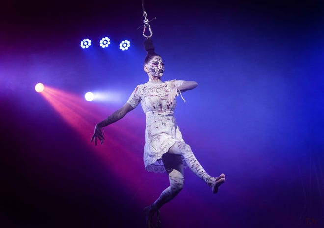 Photo of a Paranormal Cirque performer.