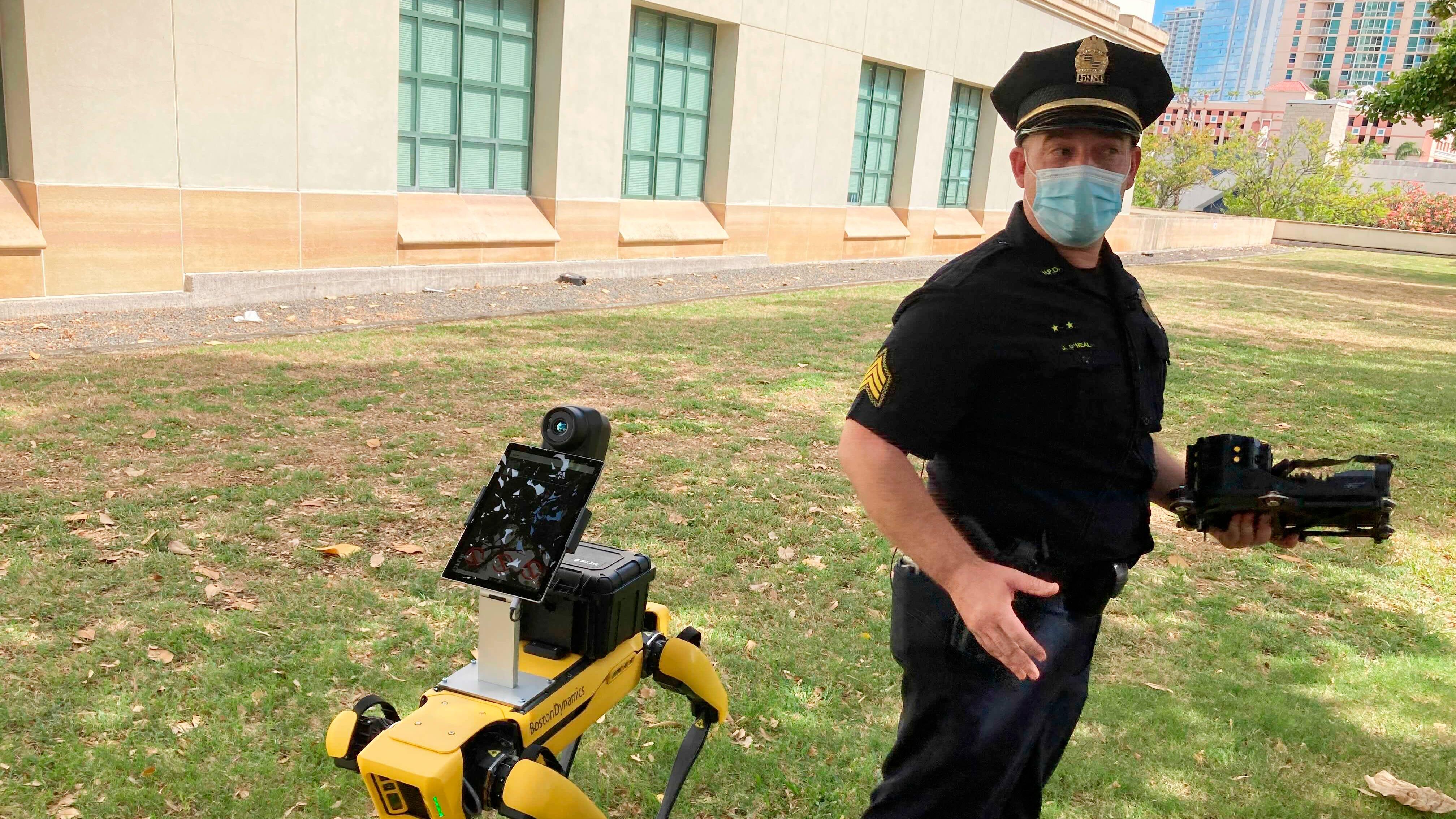 Hawaii police using robots on patrol during COVID