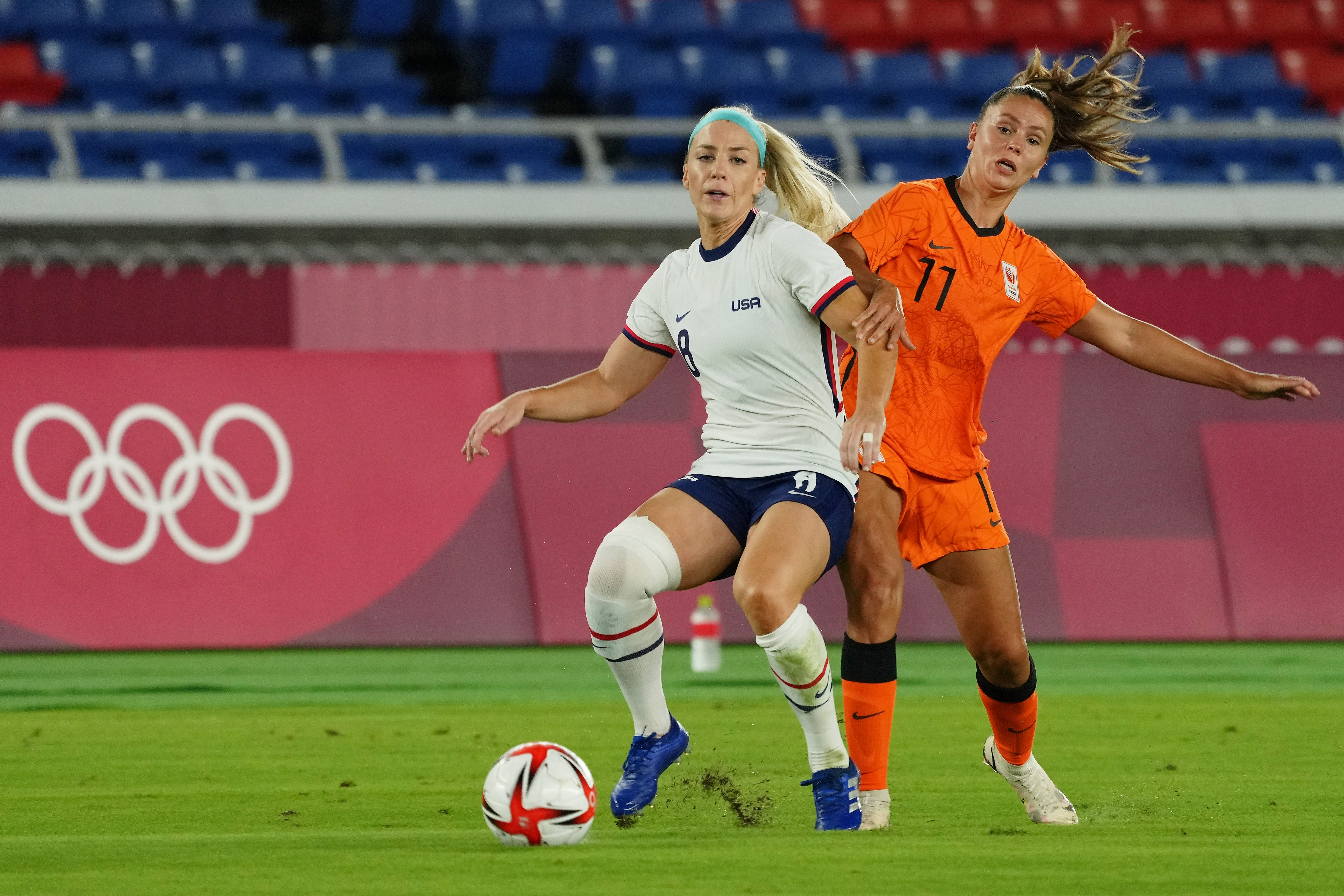 Tokyo Olympics live updates: USWNT beats Netherlands in penalty kicks,  US swimmers medal