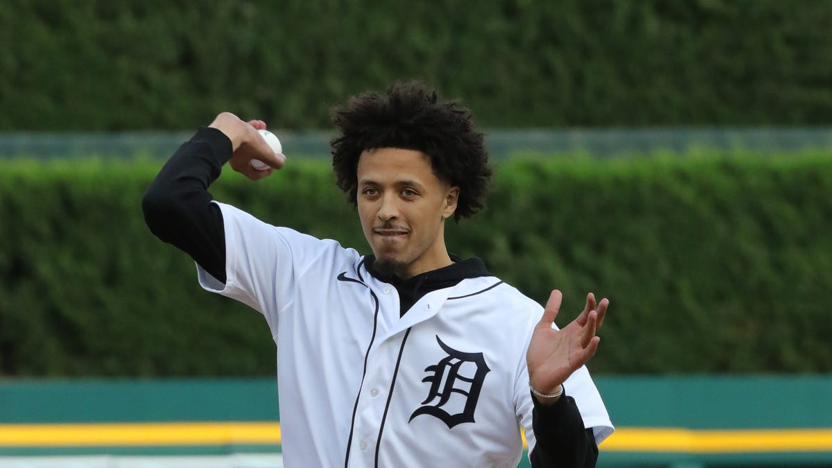 Detroit Pistons No. 1 draft pick Cade Cunningham throws first pitch at Comerica Park