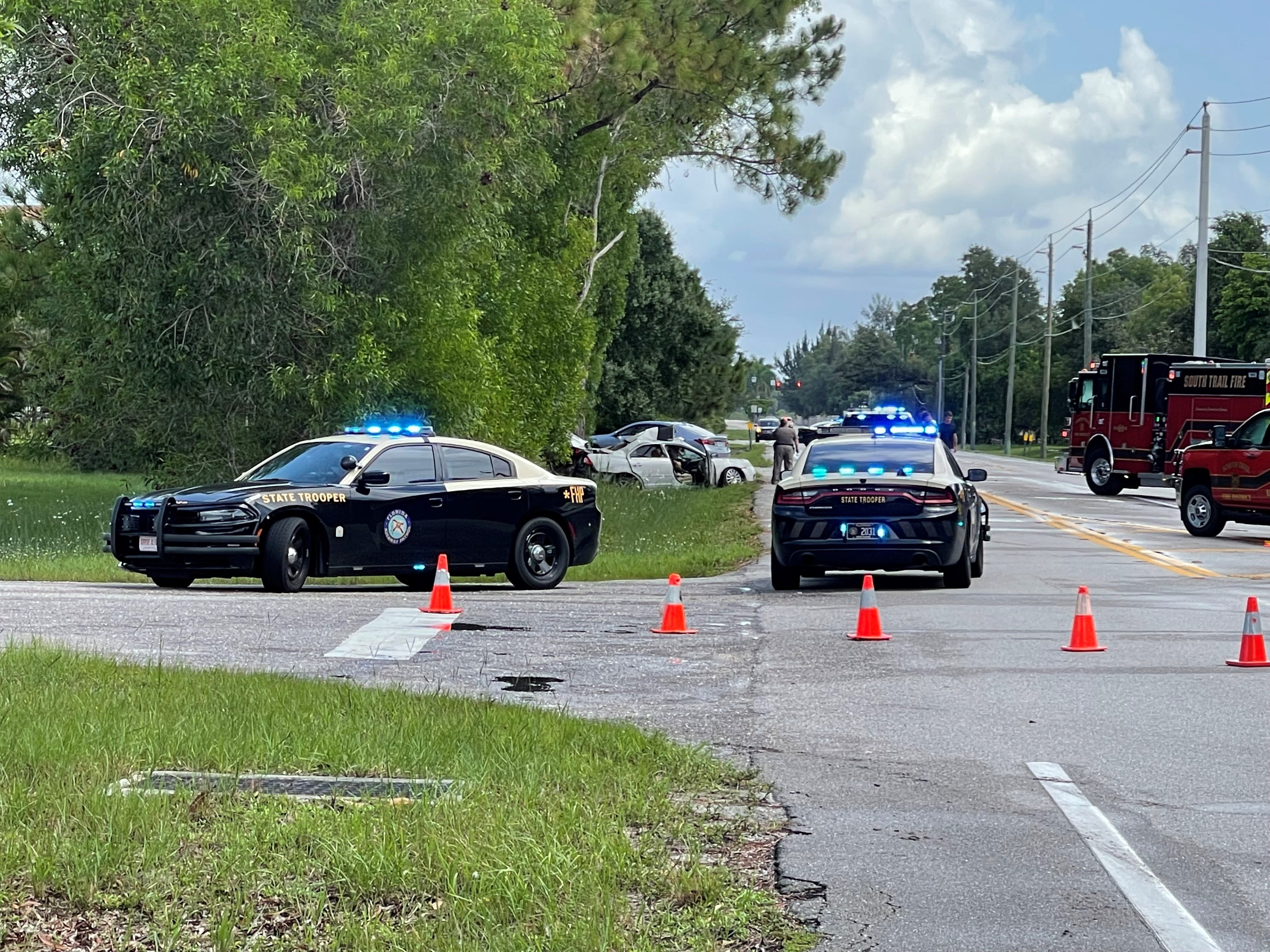 South Fort Myers crash claims life, causes roadblock on Plantation Road