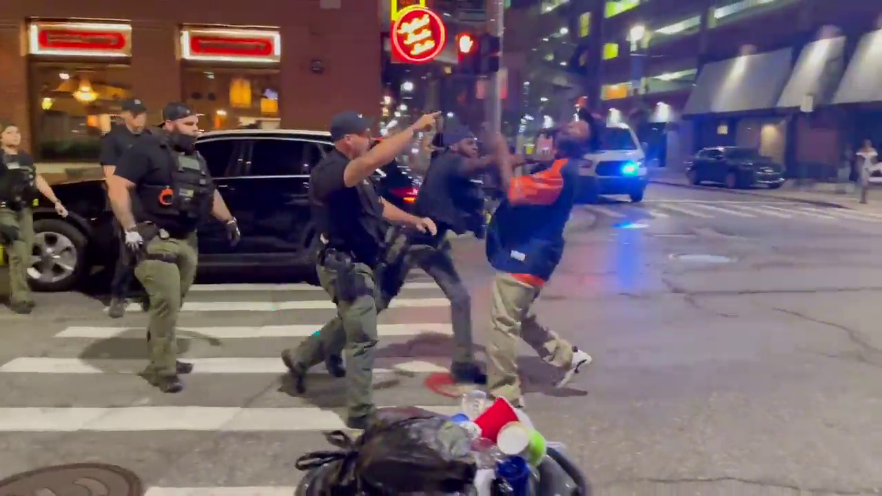 Detroit police reviewing video of cop punching man in face in Greektown