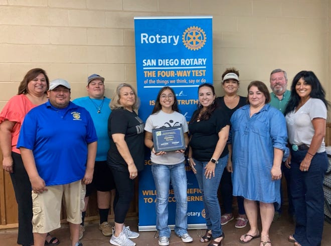 San Diego Rotarians heard a presentation by Alejandra Trevino on her experience at eRYLA. Pictured are: back row (LtoR) Lamar Vela, Gabriel Vera, Sally Lichtenberger, and Dale Wilson. Front row (LtoR) Patrick Jamie, Delinda Vera, Alejandra Trevino, Melissa Cantu Trevino, Wanda Saenz and Guest Lucy Rios.