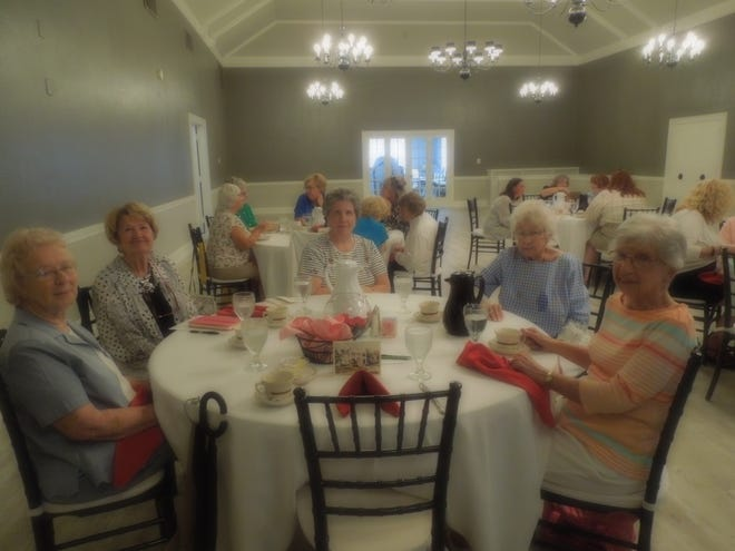 Former members of Alliance Women's Club gathered July 29 for a meeting and lunch.