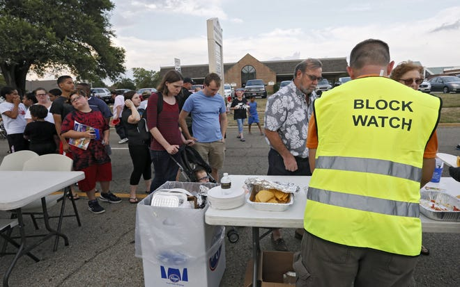 The Greater Lincoln Village Area Block Watch held a National Night Out event on August 6, 2019, on North Murray Hill Road in Columbus.