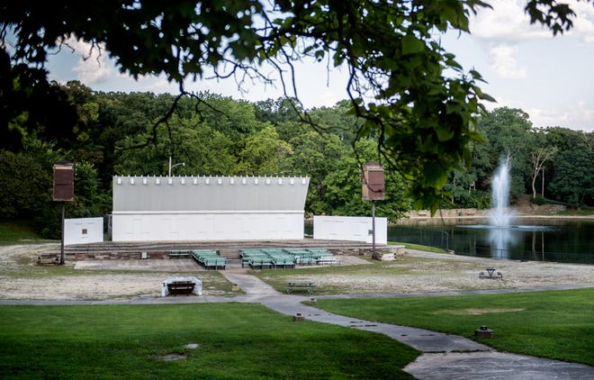 Plans are being proposed to demolish the old Glen Oak Amphitheatre as part of a $2 million improvement project to Glen Oak Park.