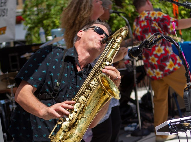 Steve Toepp and his band, Memphis Underground, perform Saturday for an environmentally-themed fest on Elkhart's Island Park.