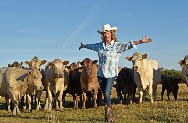 Philanthropist Elizabeth Moore at her Triangle Ranch. The Elizabeth Moore Fund for Global Sustainability enables expanded research and cutting-edge experiential learning activities of USF's Patel College of Global Sustainability.
