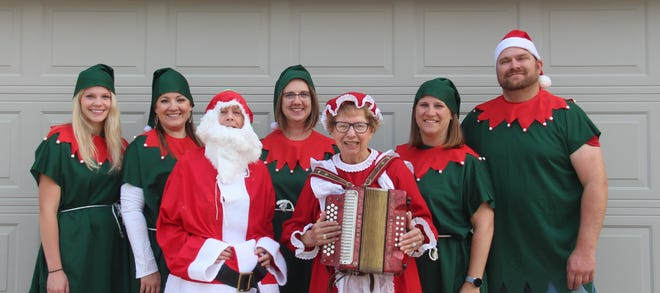 Back row (from left): Olivia Fredin. Melissa Lueth, Molli Curry, Erin Kuehl, and Eric Kuehl. Front row: Margaret Maire, and Norma Kurtzweg.