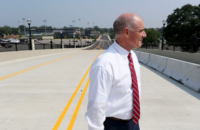 Tim Leopard, UA senior associate vice president for campus development, met media atop the new 2nd Ave overpass Tuesday, Aug. 3, 2021. The overpass will open at 5:30 a.m. Wednesday morning. [Staff Photo/Gary Cosby Jr.]