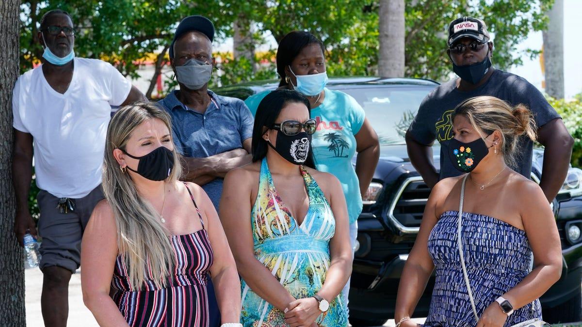 DeSantis won't move on masks as Florida COVID wards swell 3
