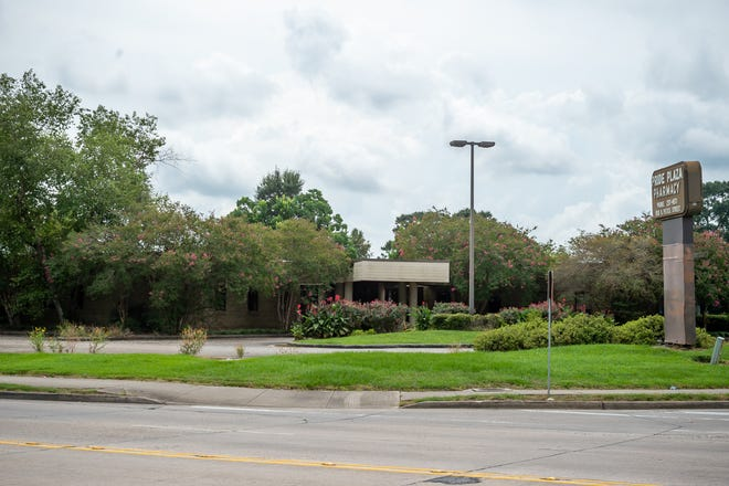 Future home of Acadiana Cares at 850 N Pierce St. Tuesday, Aug. 3, 2021.