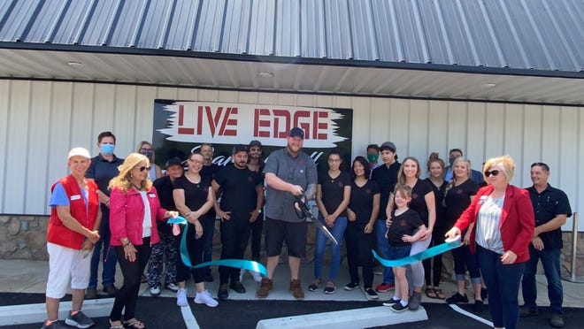 The Mountain Home Area Chamber of Commerce recently held a ribbon cutting for Live Edge Bar and Grill.