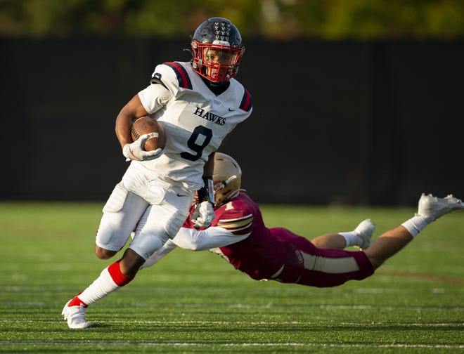 Hartley senior Trey Saunders, a contributor at running back, wide receiver and defensive back, earned first-team all-district honorson defense in Division III last fall.He also rushed 56 times for 572 yards and six touchdowns andhad 21 receptions for 408 yards and four scores.