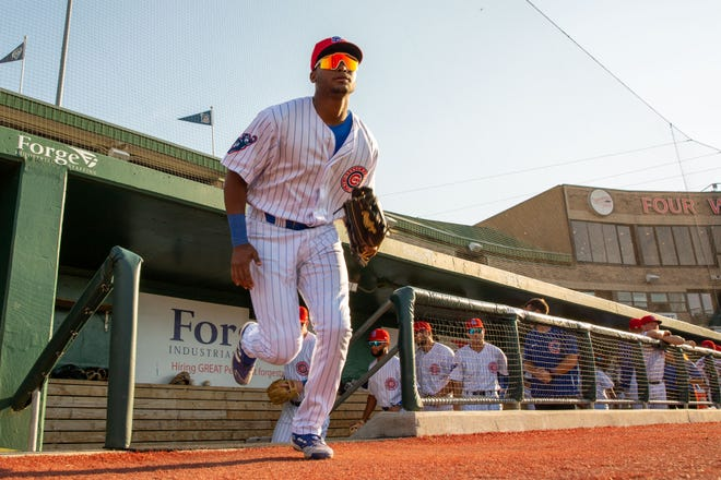 South Bend Cubs outfielder Alexander Canario (35) takes the field prior to the South Bend Cubs game with the Peoria Chiefs Tuesday, Aug. 3, 2021, at Four Winds Field in South Bend. Canario is now one of the Cubs' top prospects after coming over from the San Francisco Giants' organization in the trade for Kris Bryant.