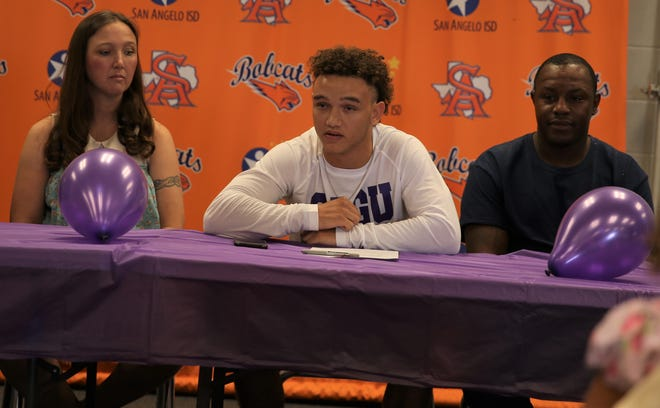 Former San Angelo Central High School receiver Jalen Leifeste was joined by his parents when he announced plans to play football for Southwestern Assemblies of God in Waxahachie next season during a ceremony on Tuesday, Aug. 3, 2021.
