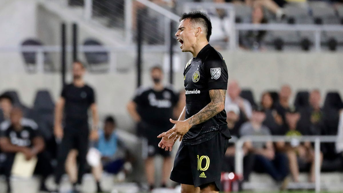 Takeaways: Columbus Crew follows up bad NYCFC loss with more of the same, give away game to D.C. United