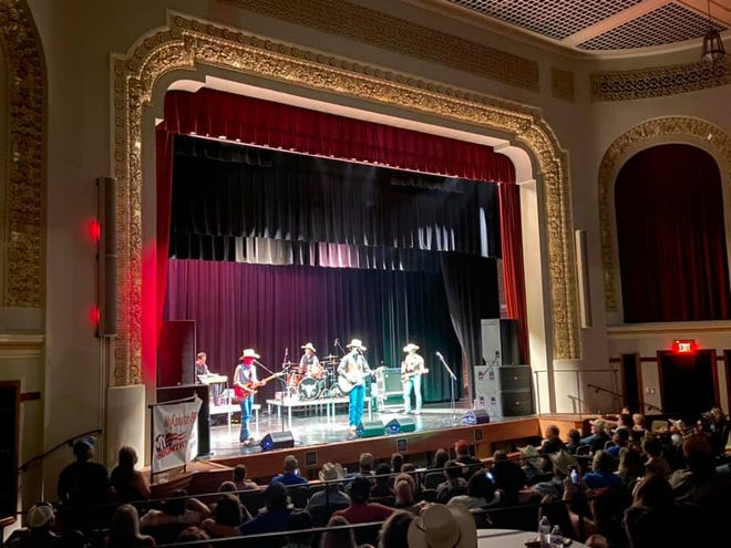 Live performances are breathing new life into The Burford Theatre in Arkansas City.