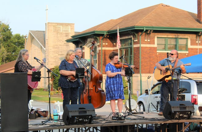 High Sierra performed at the Whippoorwill Artisan Festival held last Friday night on the square in Spencer.