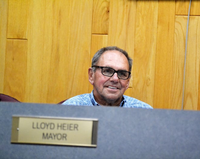 Oconto Mayor Lloyd Heier is seen at the Aug. 3 meeting of the Committee of the Whole.