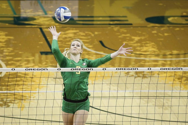 New SUU coach Kacey Nady during her playing days at the University of Oregon.
