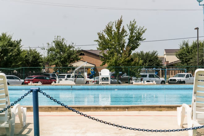 The Thibodaux Municipal Pool is located at 314 Emerald Drive.