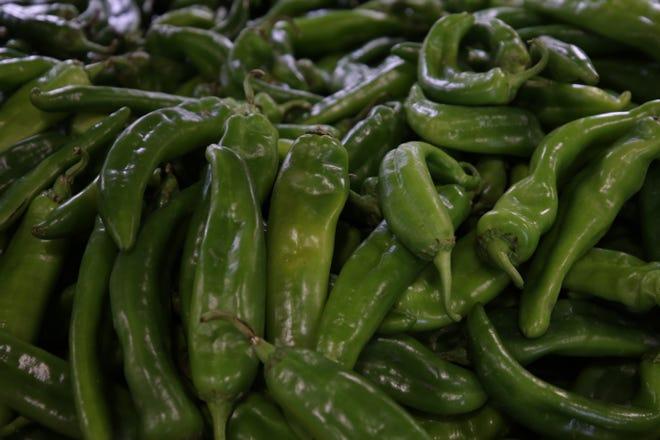 Albertsons presenta una variedad de productos con chiles Hatch Green, el 6 de octubre de 2021 en Carlsbad.