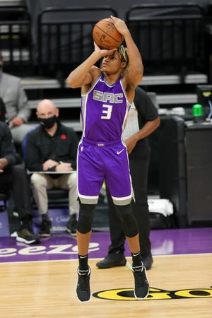 Sacramento Kings guard Jahmi'us Ramsey (3) attempts a shot during the fourth quarter against the Toronto Raptors on Jan. 8 at Golden 1 Center. [Sergio Estrada/USA TODAY Sports]