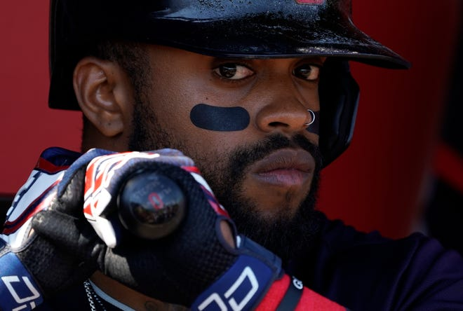 Delino DeShields made his first start for the WooSox Friday night since his acquisition.