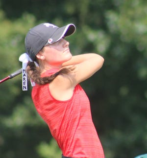 Maren Seaholts of Kent Roosevelt shot 1-under-par 71 at The Fairways at Twin Lakes to earn medalist honors at Saturday's Lady Rider Invitational.