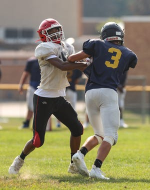 The Kent Roosevelt and Streetsboro football teams took part in a scrimmage on Saturday in Kent.