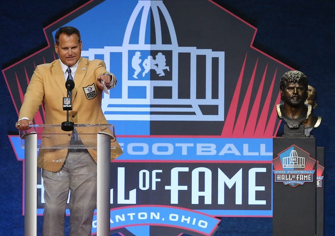 Jimbo Covert was enshrined in the Pro Football Hall of Fame at Tom Benson Hall of Fame Stadium on Saturday, August 7, 2021. Covert was presented by Bears teammate Matt Suhey.