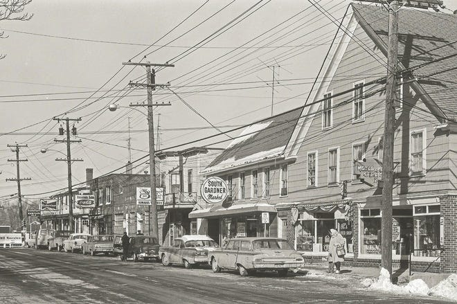 The many businesses along East Broadway in Gardner circa 1966.
