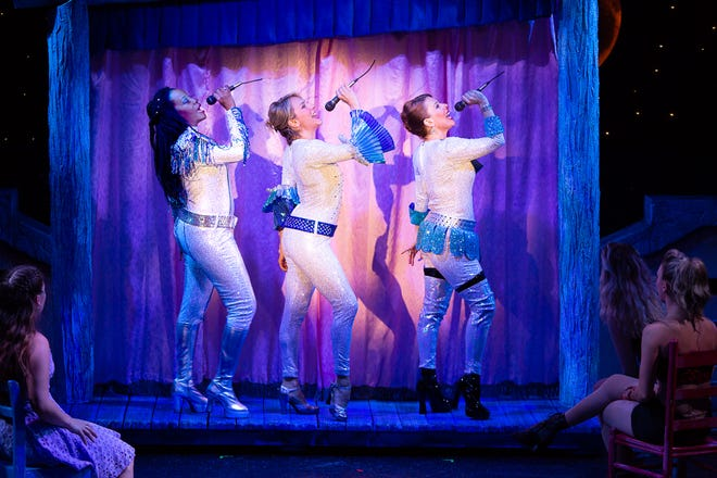 Bill Hanneywill present an encore ofTheatre By The Sea'smassive hit production of the international sensation,Mamma Mia!which will be presented on select nights throughSept. 5.