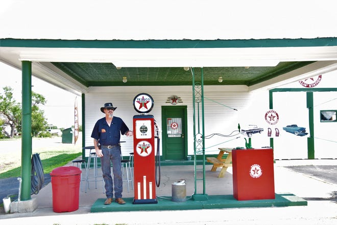 Clinton McIntosh opened The Fillin' Station in Rowena on July 2nd. The bar is themed after a Texaco Fillin' Station