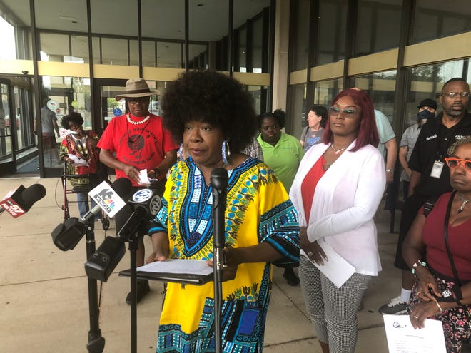 Trina Robinson, president of the South Bend NAACP, on Monday speaks against a bill proposed for common council consideration Monday night that would move the new community police review director from the clerk's office to the mayor's office.