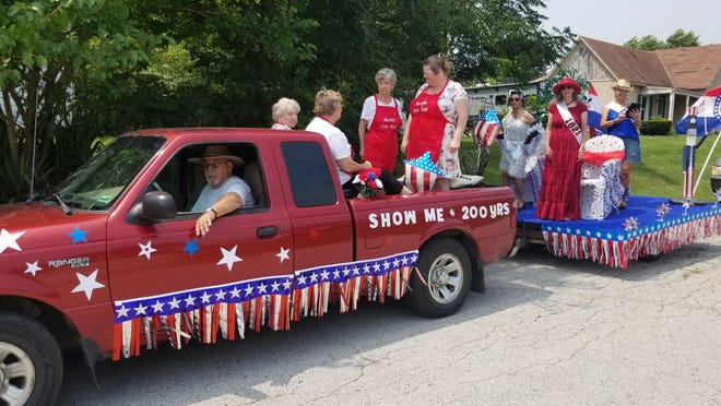 The Bucklin Civic Club celebrated 200 years of ladies' fashion, Missouri Bicentennial, in the Bucklin Homecoming parade, Saturday, Aug. 7.