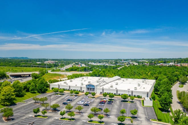 The call-center investment property at 5720 Crossing Blvd. in Antioch sold for $27.9M.