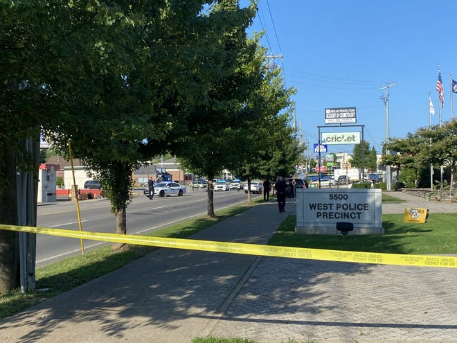 Around 5 a.m. Wednesday morning several Nashville police officers shot and killed an Alabama man reportedly armed with a knife. The man was initially parked outside the Cricket Wireless at 5000 block of Charlotte Avenue.