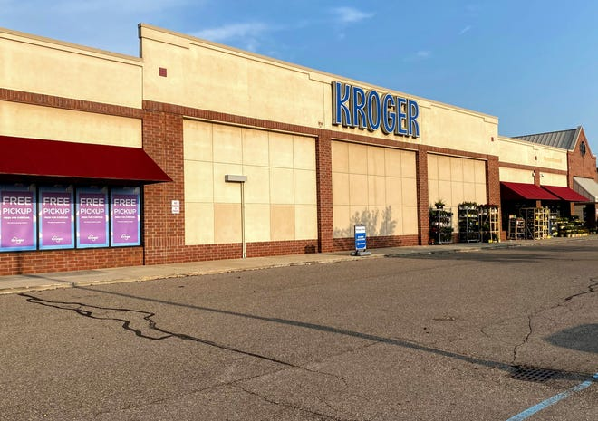 The Kroger supermarket on Eight Mile west of Farmington in the Northridge Commons shopping center. Plans have recently been submitted to the city to renovate and expand the grocery store.