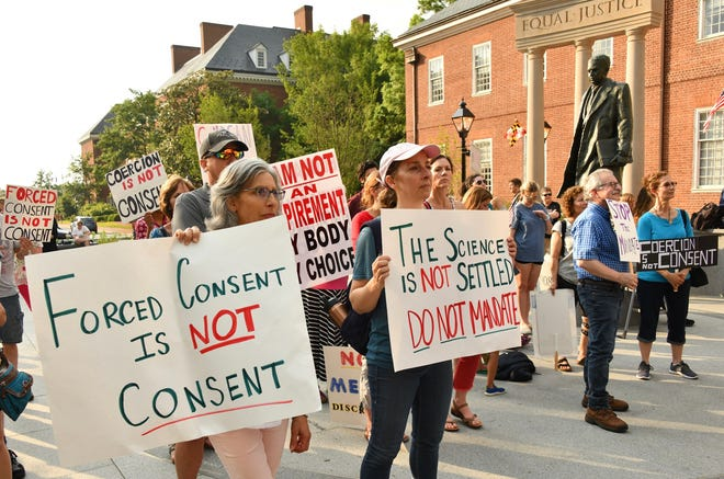 In May 2021, more than 200 protesters rallied at Lawyers Mall in Annapolis, Maryland, to oppose the COVID-19 vaccine mandate announced by the University of Maryland system. (Amy Davis/Baltimore Sun/TNS)