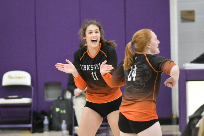 Kirksville's Corinne Vorkink (11) reacts during last year's district volleyball title match against Mexico.